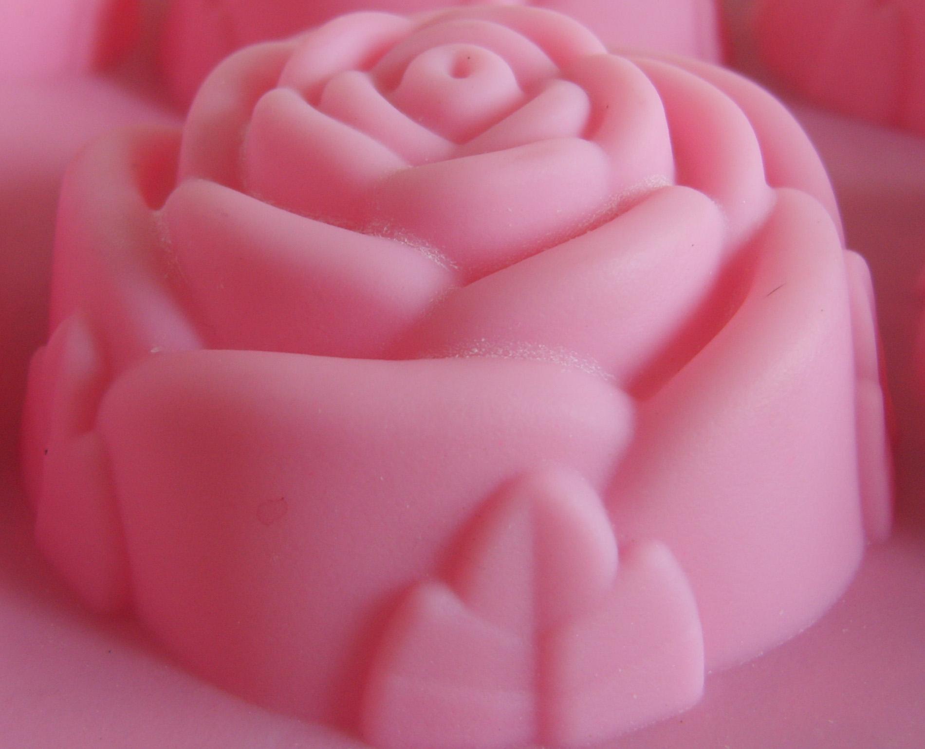 Как самостоятельно сделать силиконовую форму для мыла