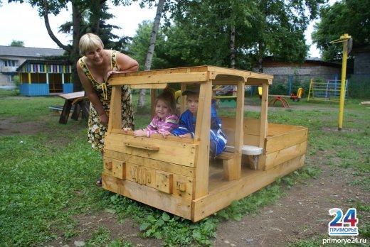 Машинка в детском саду своими руками