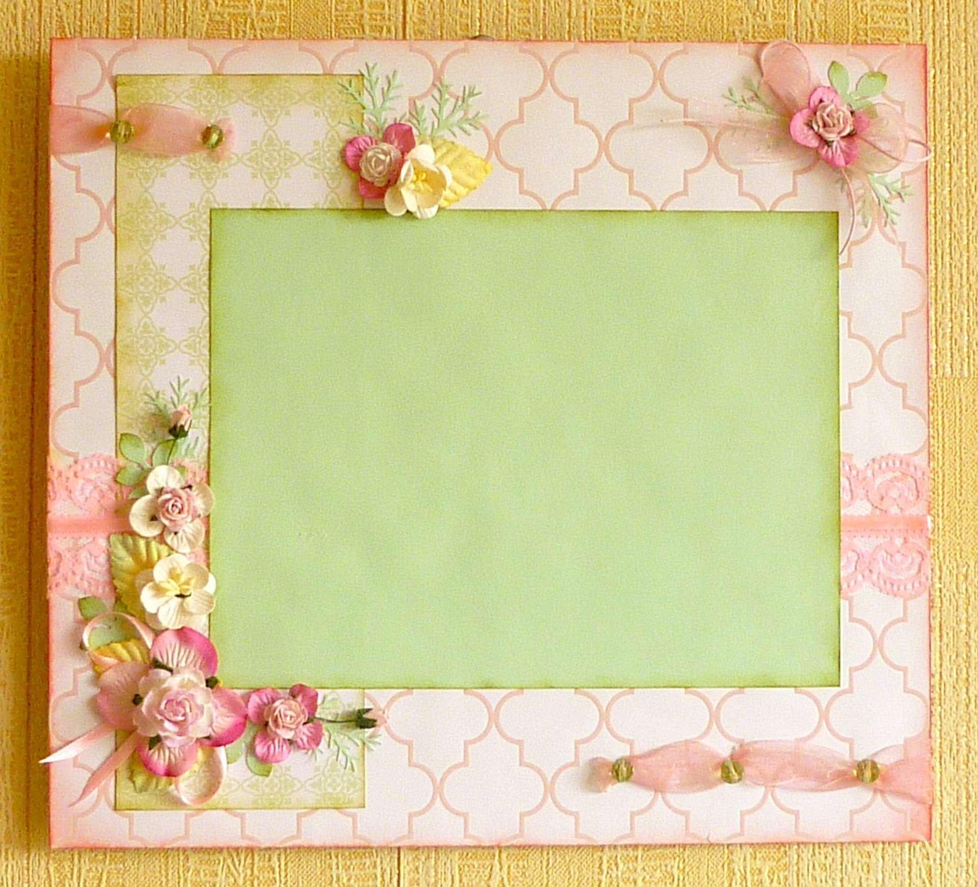 Как сделать рамку из открыток