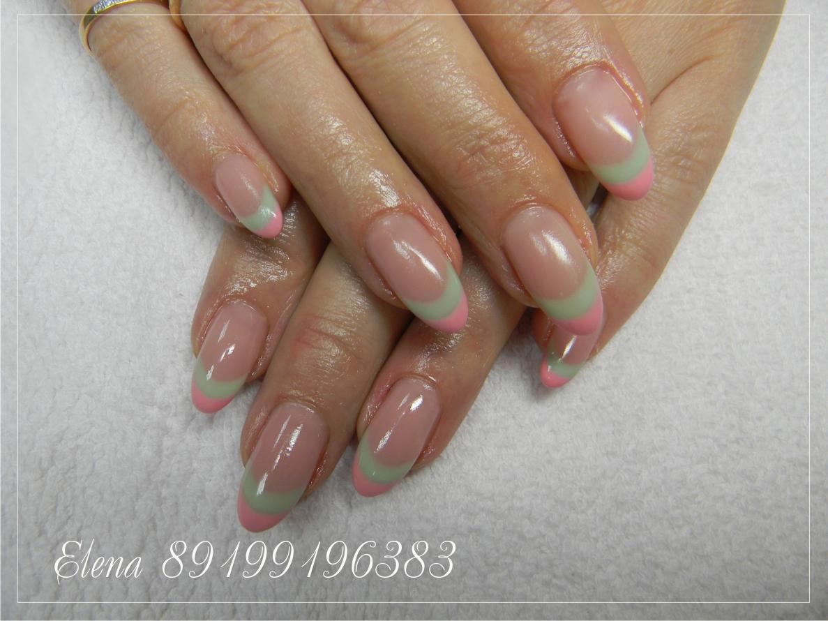 Яркий френч на круглые ногти фото