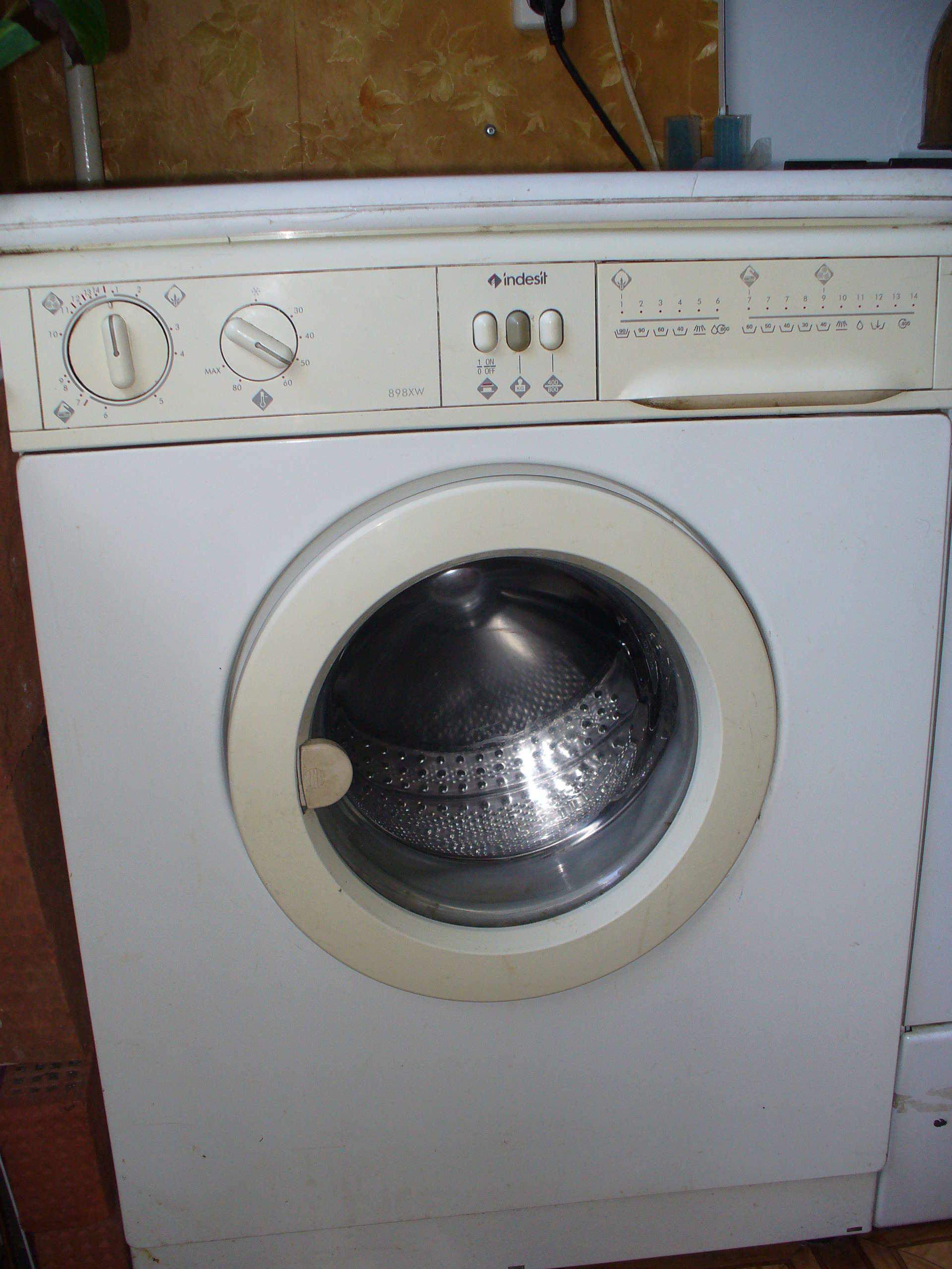 Почему стиральная машина индезит не отжимает и не сливает воду