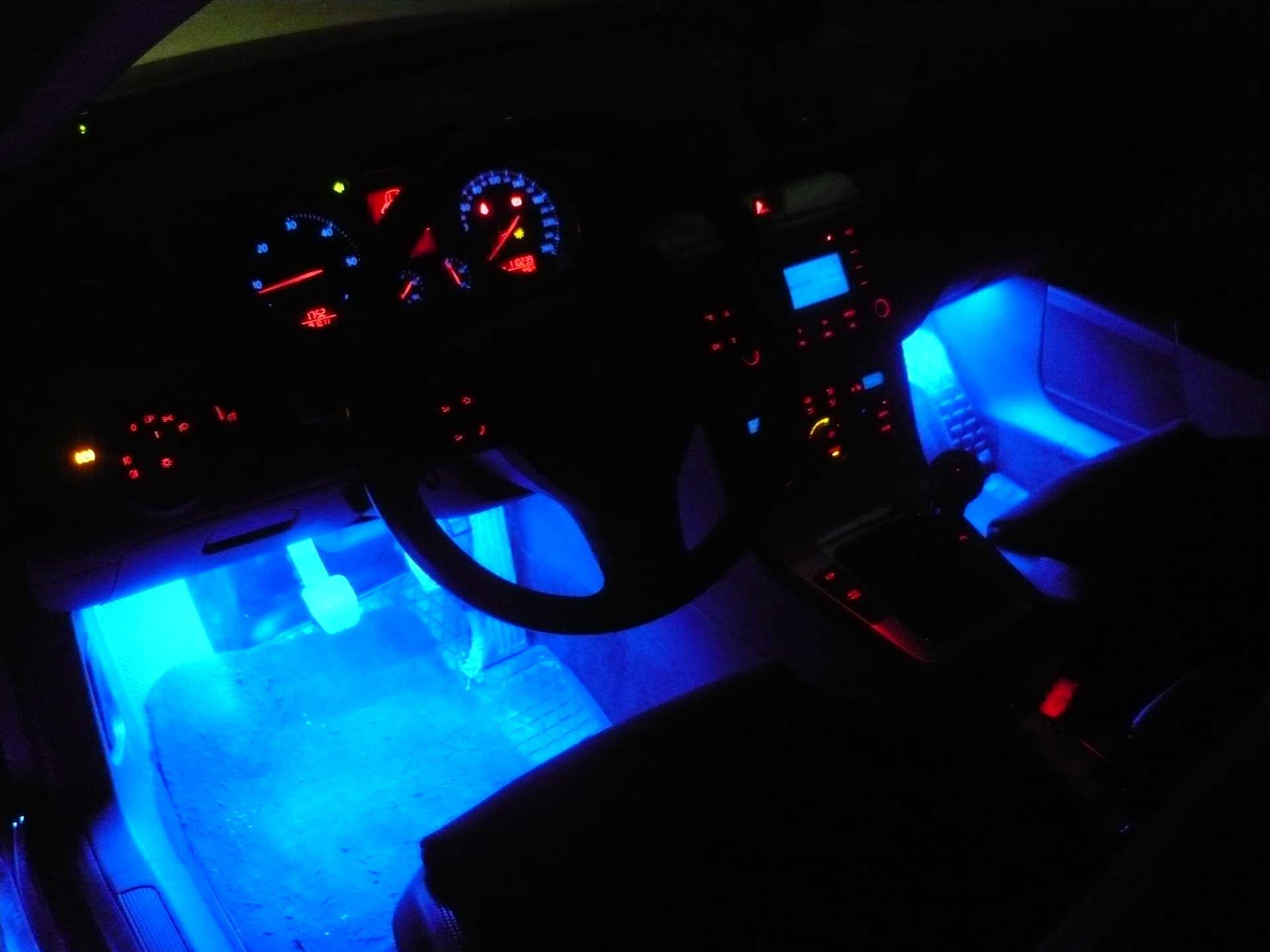 Подсветка днища автомобиля: что выбрать и как установить 17