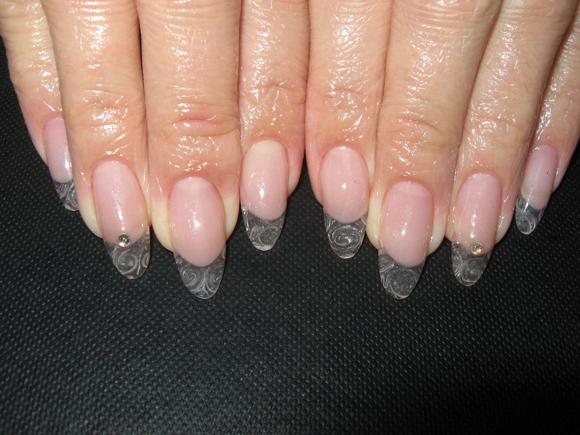 Прозрачный гель фото ногтей