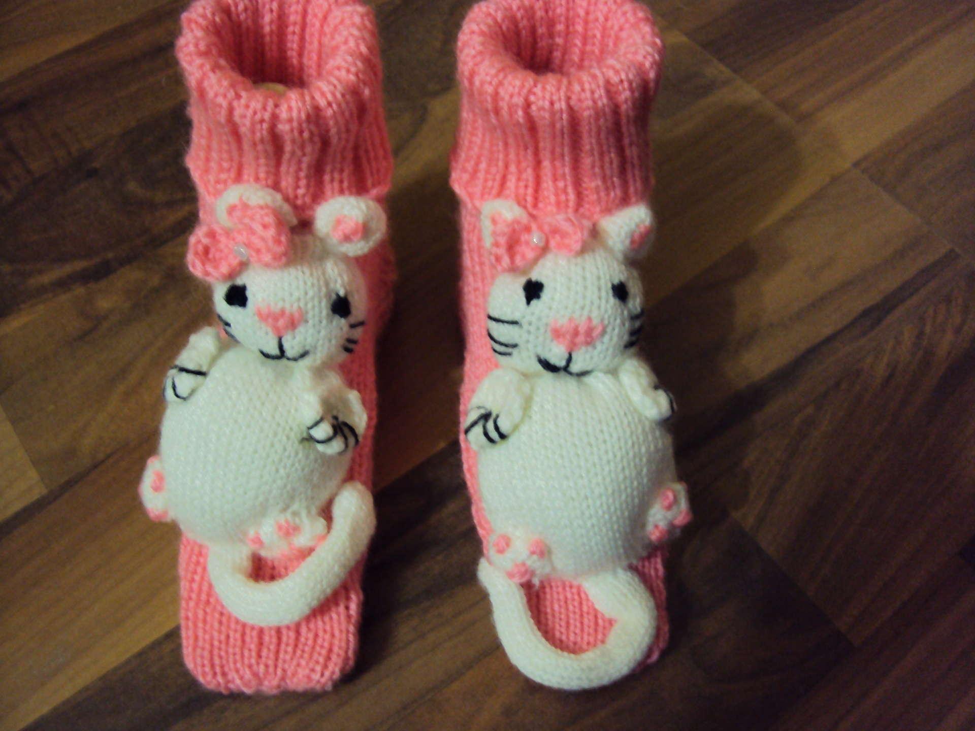 Носки-игрушки связать