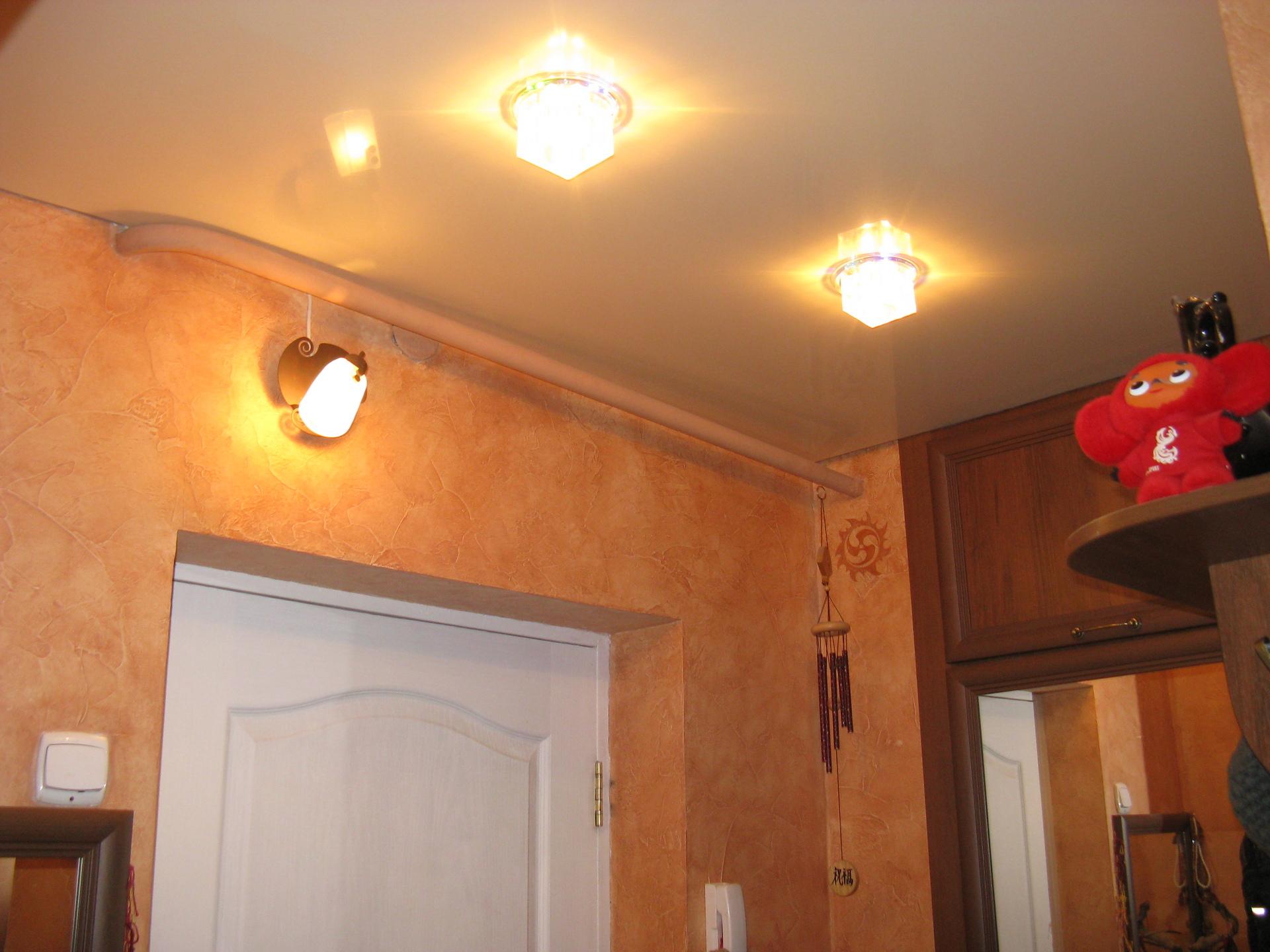 Потолки натяжные фото кухня хрущевка