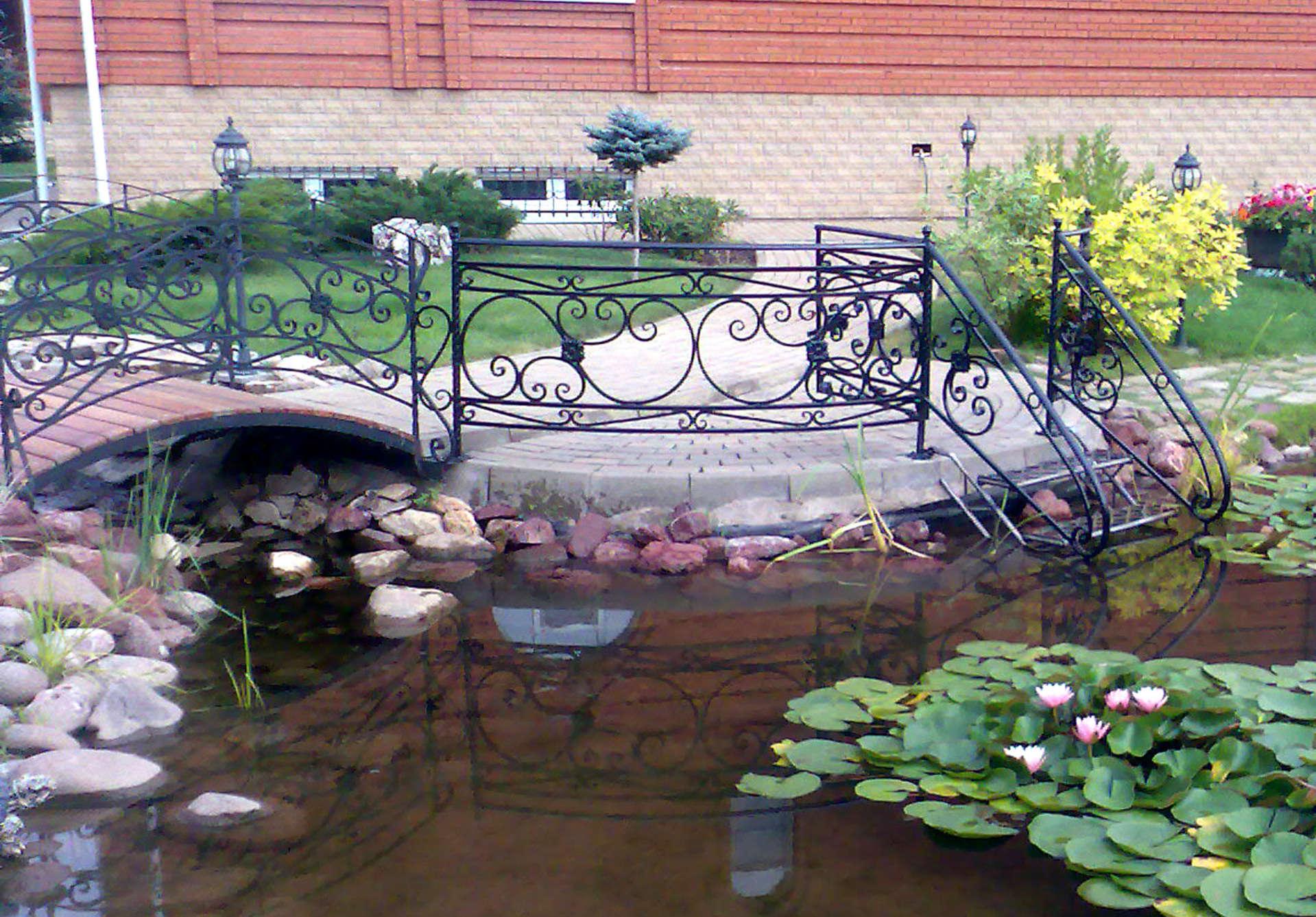 Как огородить пруд от детей фото
