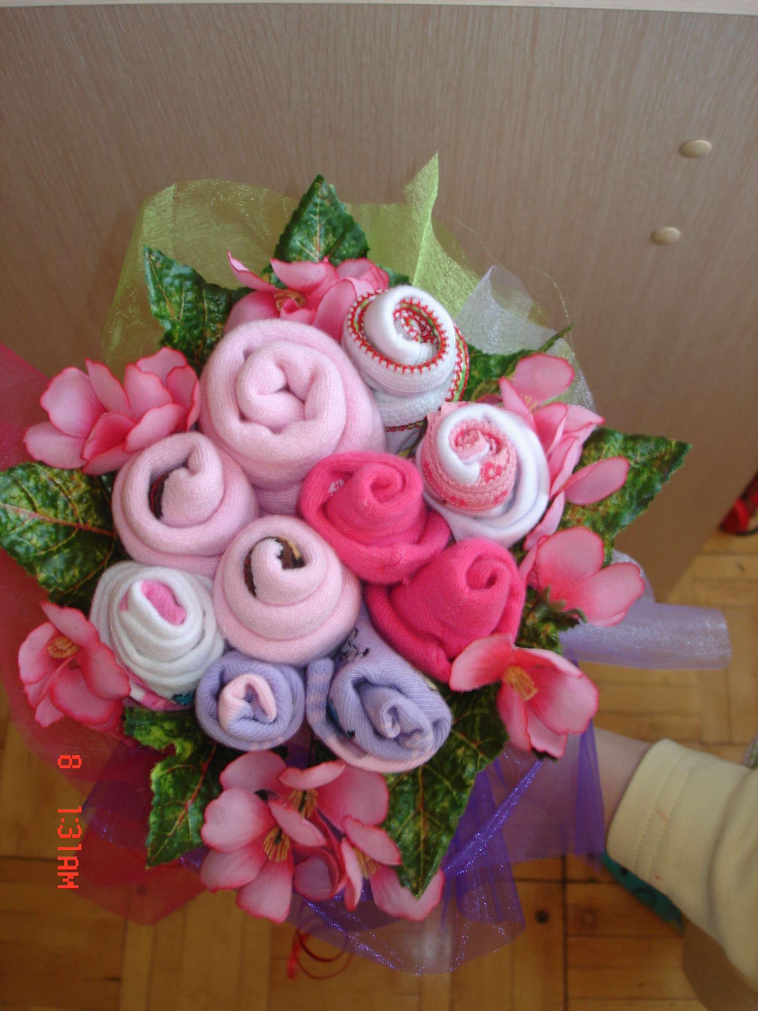 Подарок своими руками из цветов