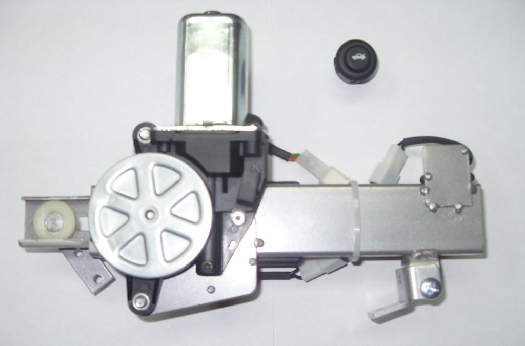 Дверь с электроприводом своими руками 543
