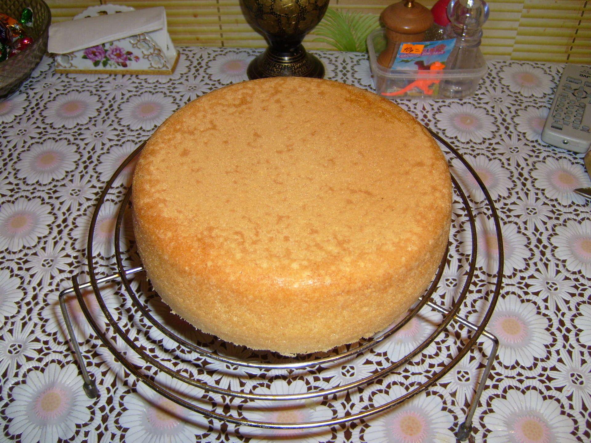 Пышный бисквит в мультиварке: пошаговые рецепты с фото