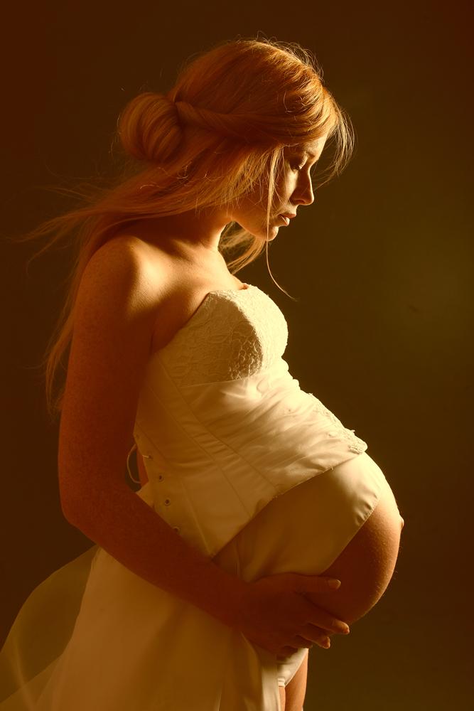 Девушек в профиль фото беременных