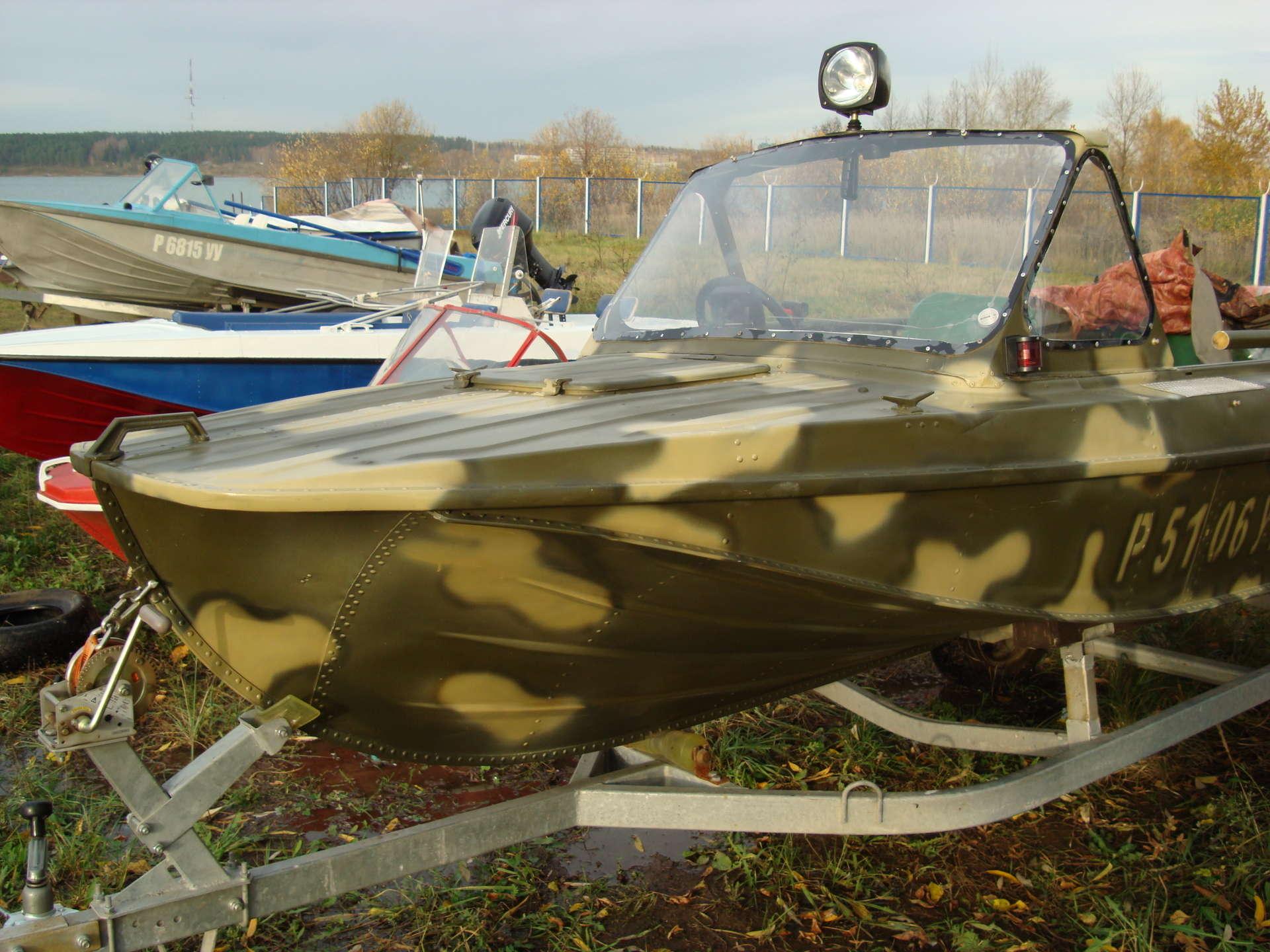 моторная лодка окраска