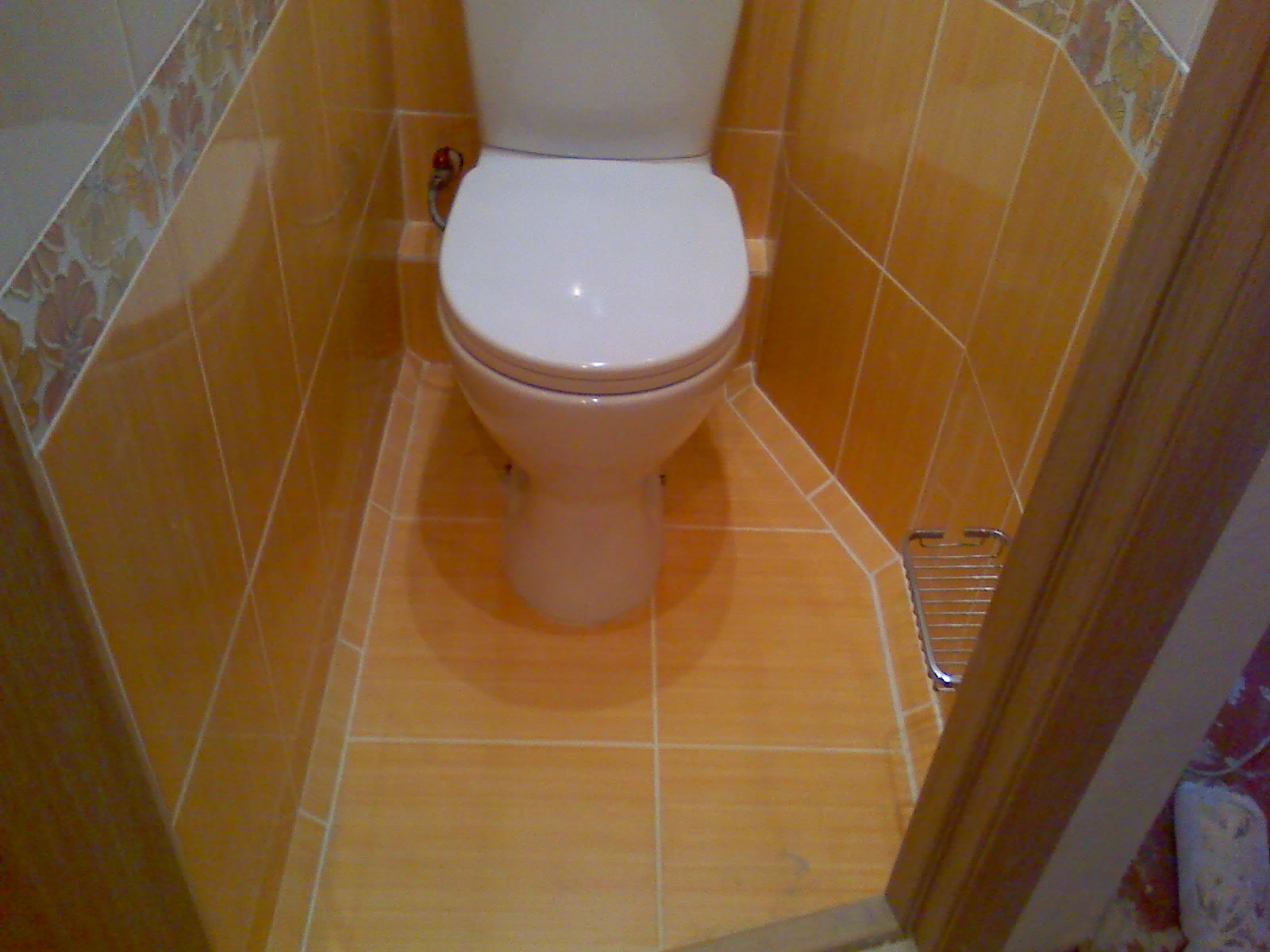 Положить плитку в туалета