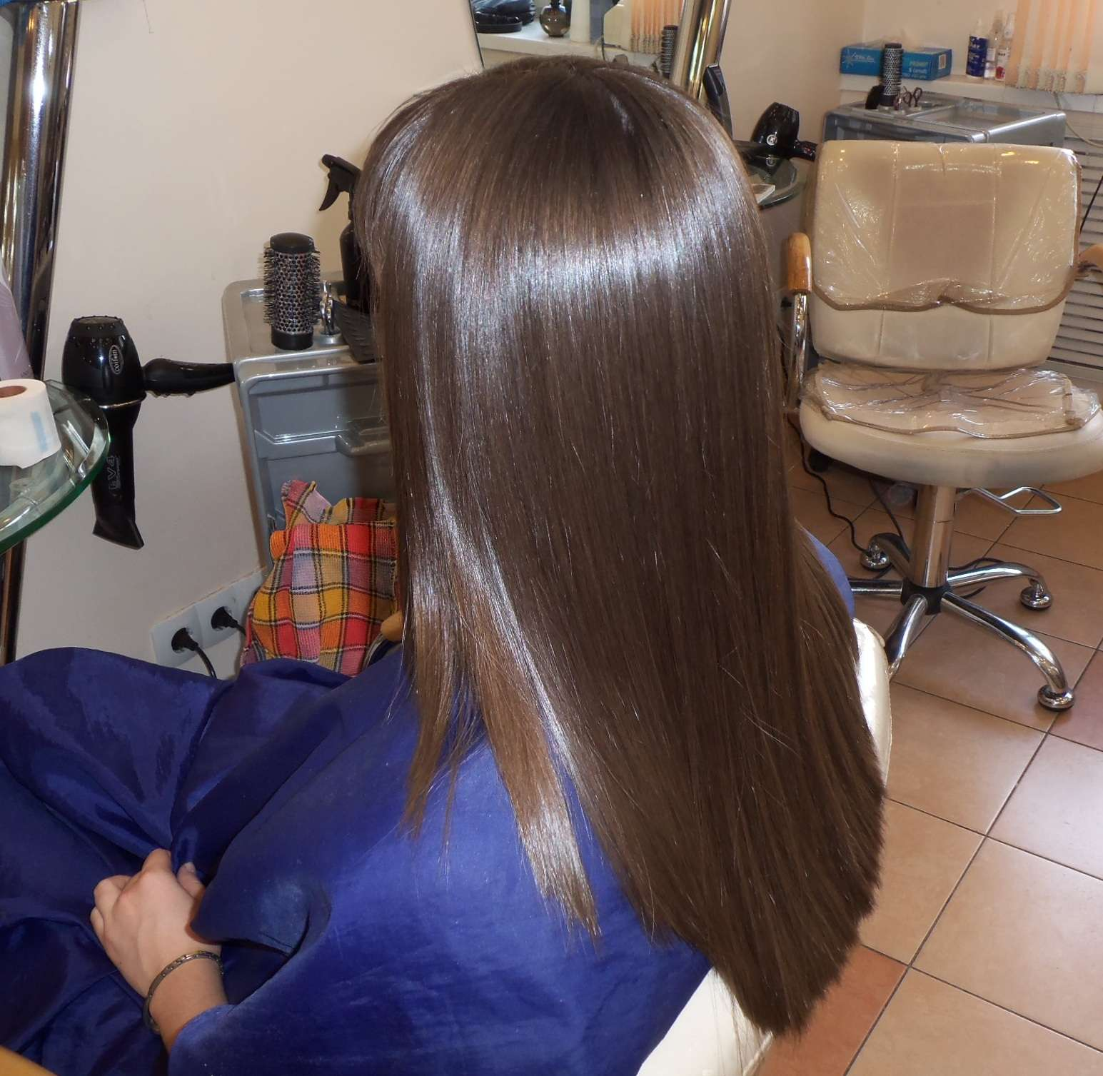 Стрижки на волосы до лопаток с челкой и