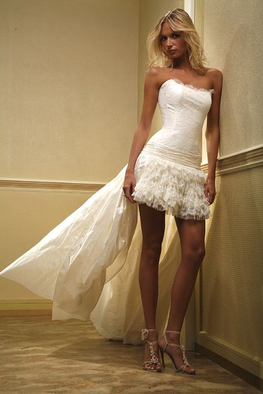 Платье предпочитаю не пышное платье