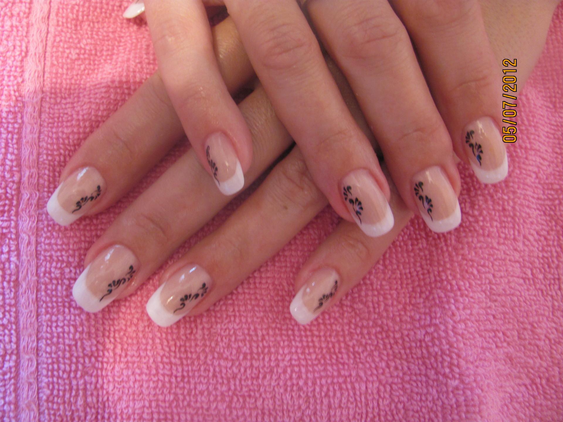 Рисунки на ногтях гель-лаком: свежие фото и инструкции для