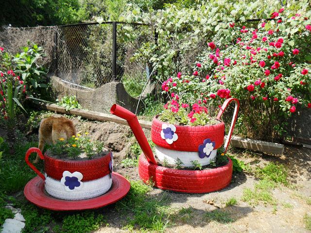 Красивые поделки для огорода