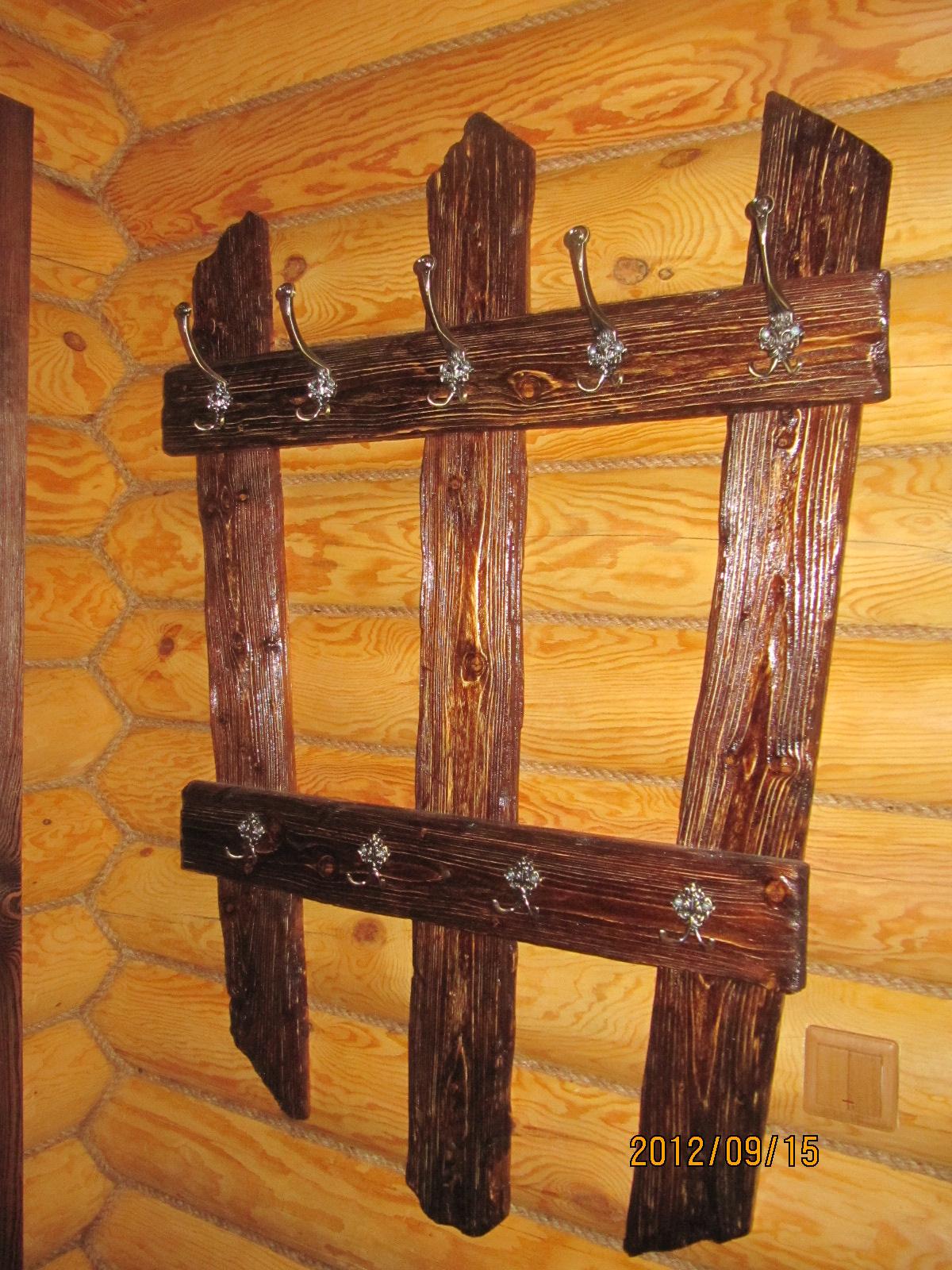 Сделать своими руками деревянную вешалку
