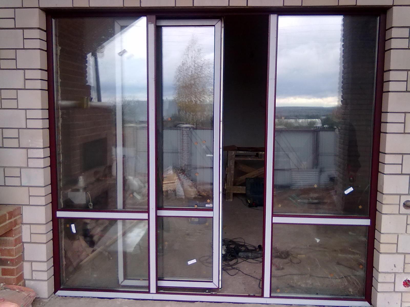 Холодное остекление лоджии раздвижными окнами алюминивыемыми.