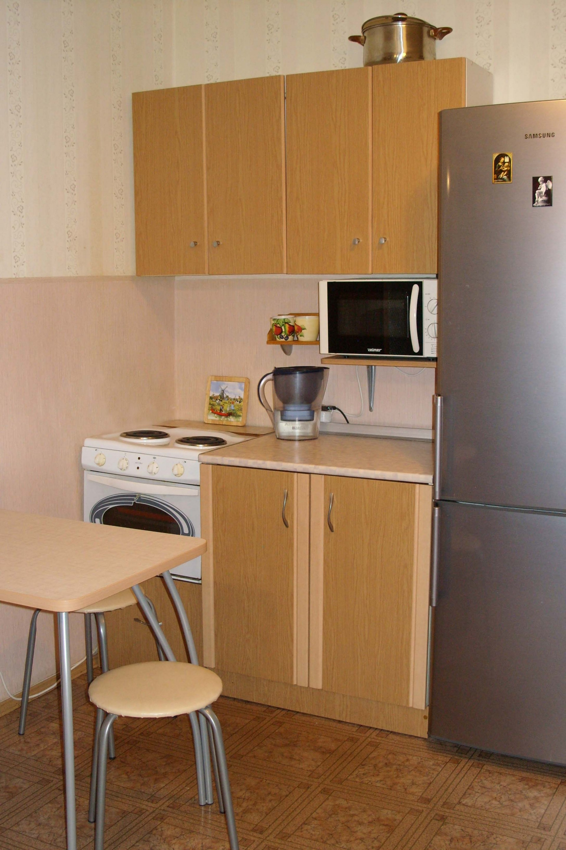 Фото как из маленькой комнаты в общаге сделать вместе с кухней