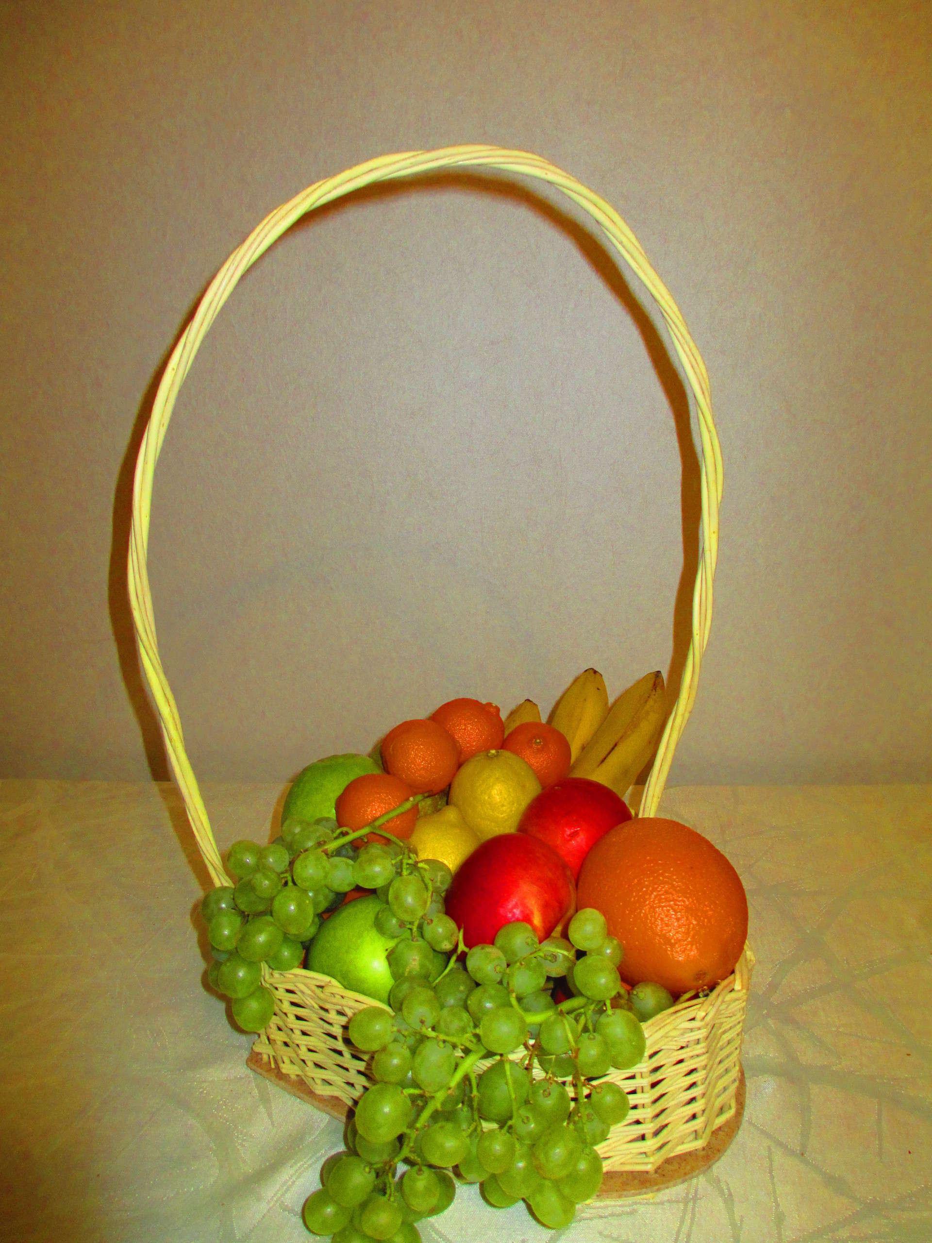 Корзина с фруктами 26