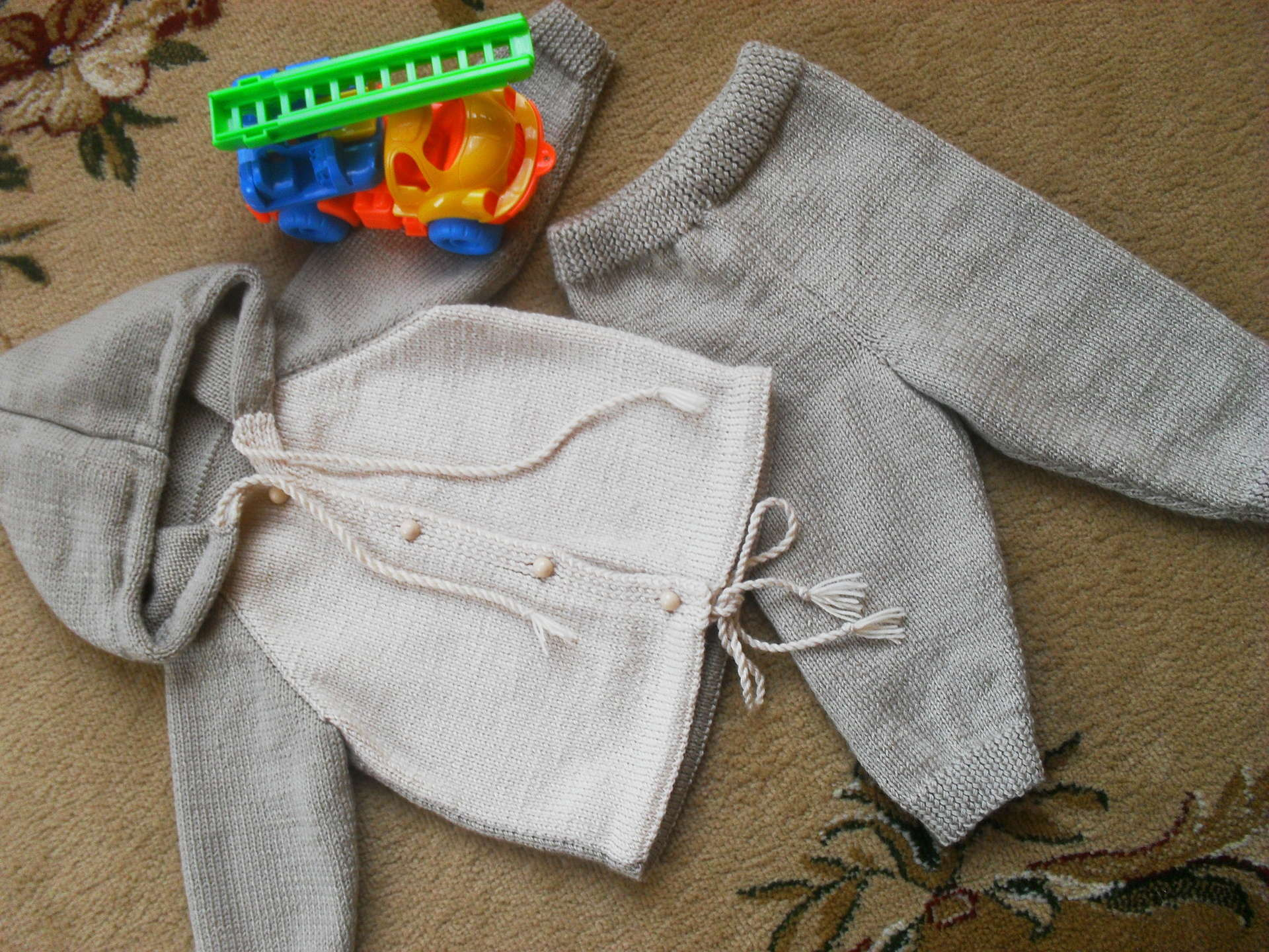 Как связать спицами штанишки для малыша 88