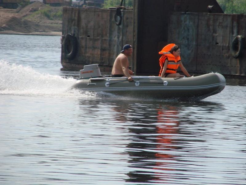 туризм на моторной лодке