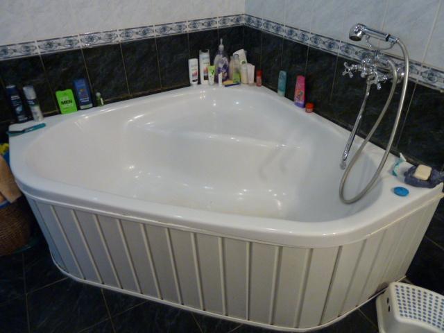 Экран для угловой акриловой ванны своими руками 82