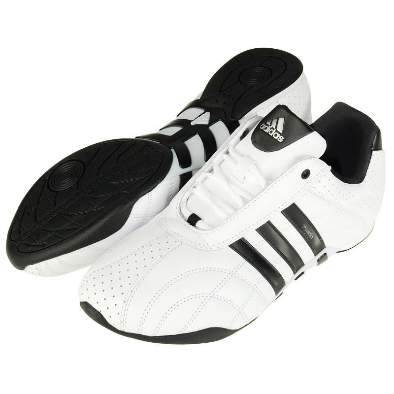 Купить кроссовки Adidas, модели 2013 года.  На протяжении 80 лет всемирно известная...