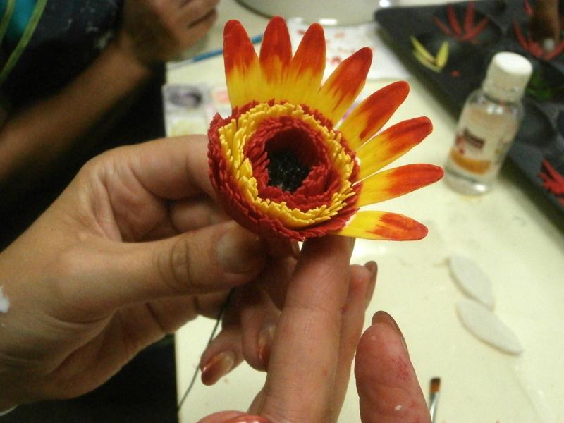 Как сделать цветок гербер 953