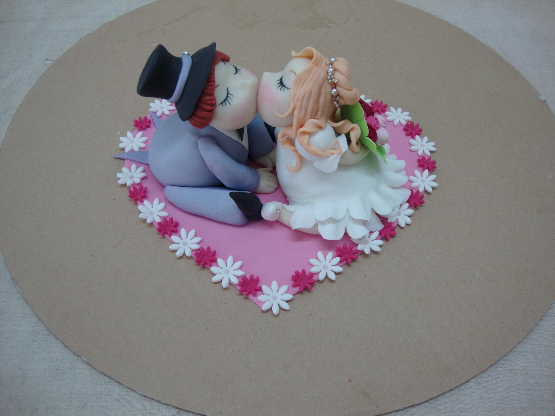 Украшение свадебного торта своими руками: идеи и фото 63