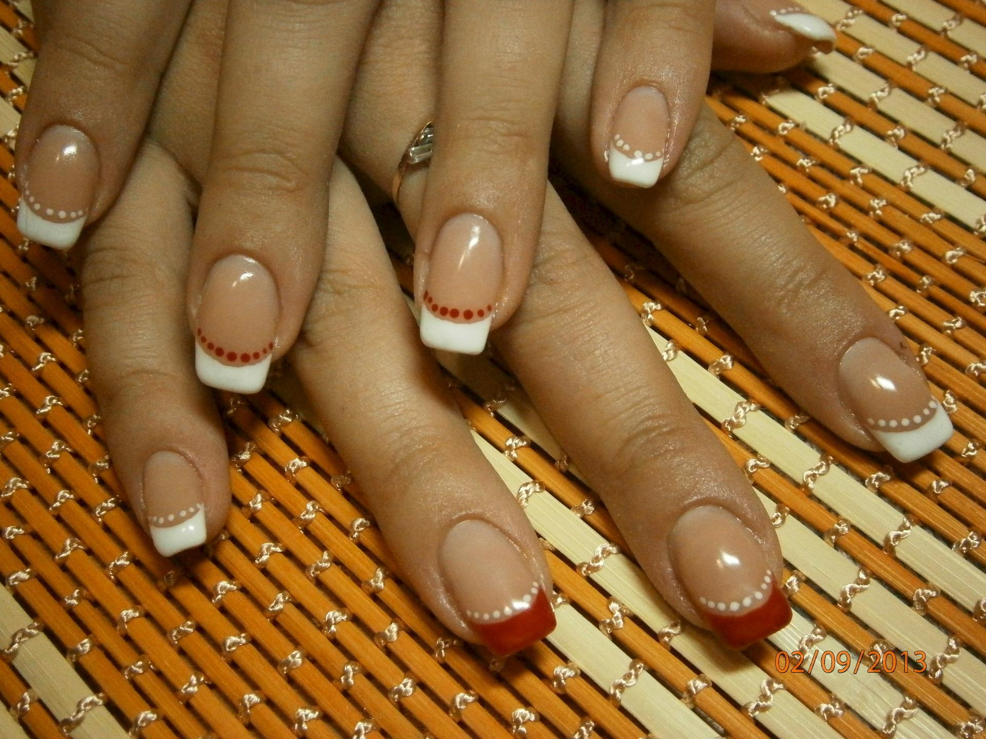Уменьшение лунок на ногтях