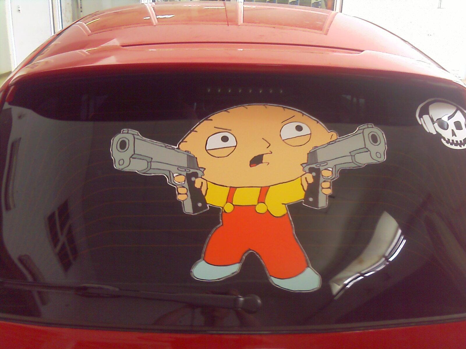 Наклейка на машину ребенок в машине фото