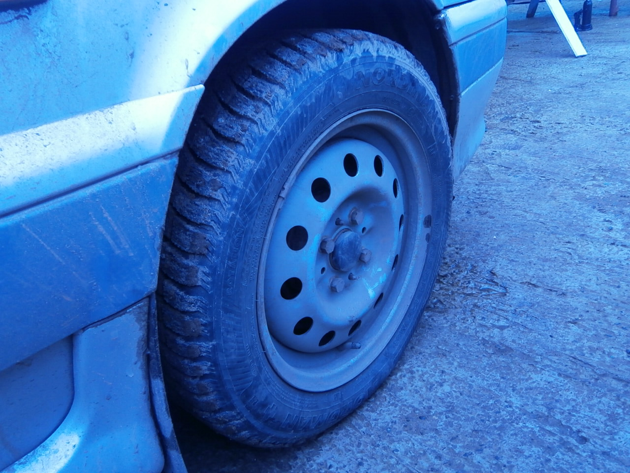 Разная резина на колеса помимо всего
