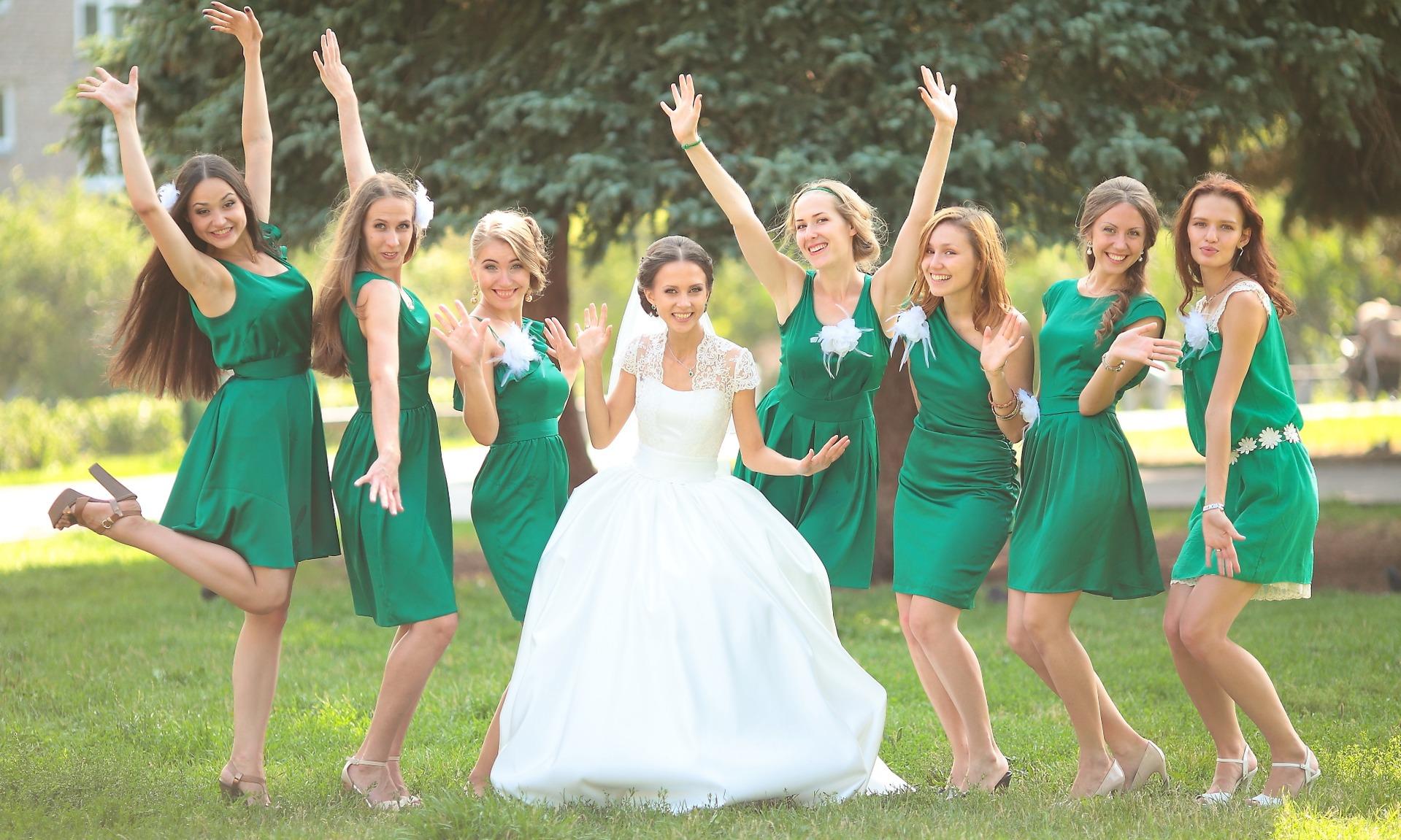 Как одеться на свадьбу гостям - правила выбора одежды для 84