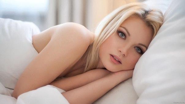 Блондинка очень красивая фото