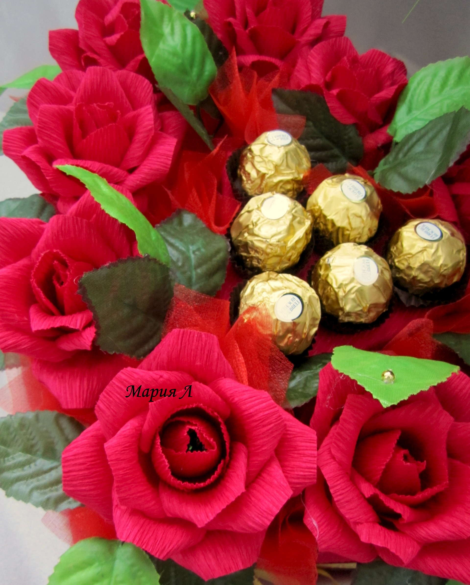 Розы из конфет своими руками мастер