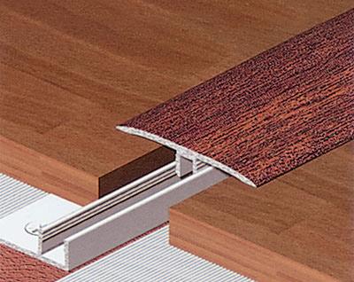 poser un parquet sur tomettes prix de travaux vannes soci t mpxvpo. Black Bedroom Furniture Sets. Home Design Ideas