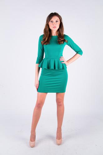 Изумрудное платье с баской