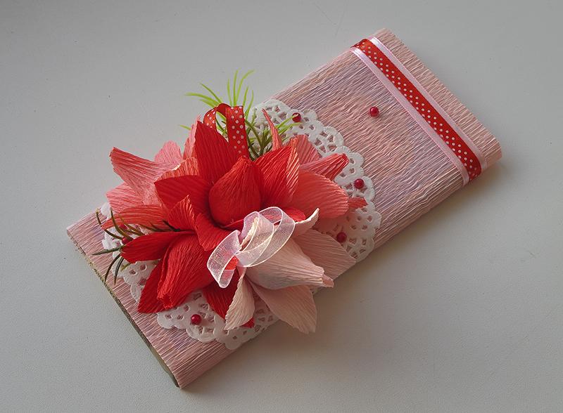Сделать упаковку для подарка из гофрированной бумаги 91