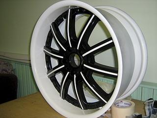 1920 X 1440 637.0 Kb 1920 X 1440 642.6 Kb Окраска автомобильных дисков
