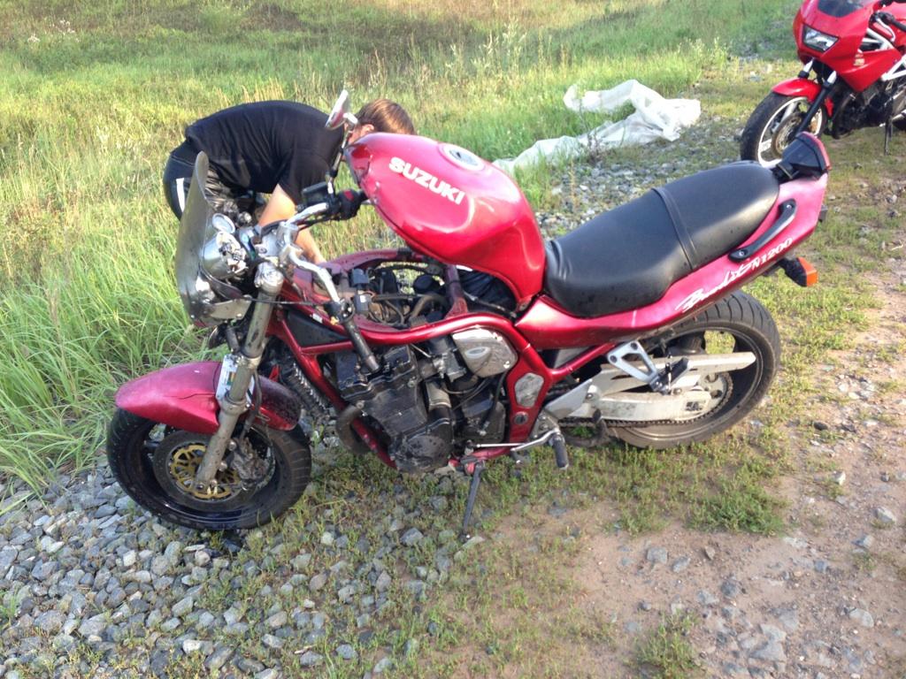 фото мотоцикл разбитый