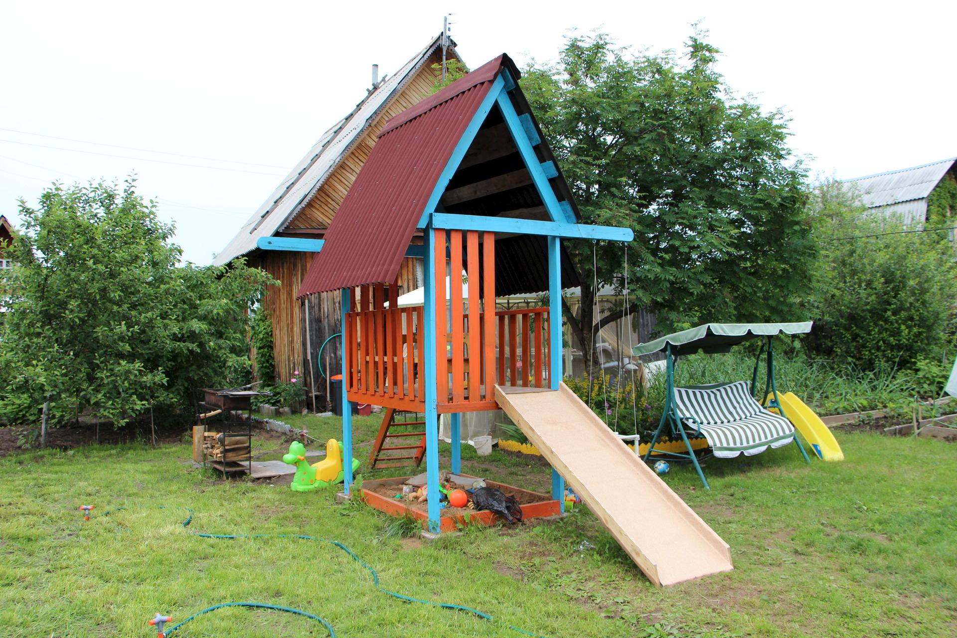 Постройки для детей на даче своими руками