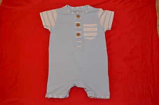 1920 X 1280 608.6 Kb 1920 X 1280 642.1 Kb Продажа одежды для детей.