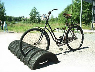 450 X 344  70.7 Kb покрышки от колес куда девать?