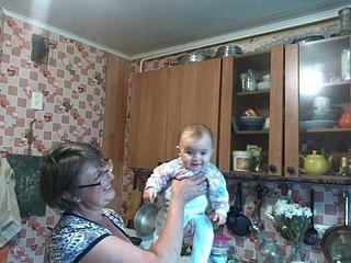 1920 X 1440 570.5 Kb Нужна помощь. Бабушке и ребенку,от которой отказалась мать.