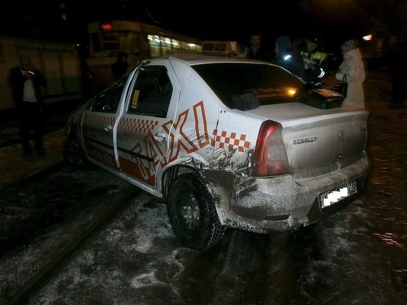 1280 X 960 202.4 Kb 10.11.2014 пьяное ДТП с участием такси в металлурге на конечке, 1 погиб