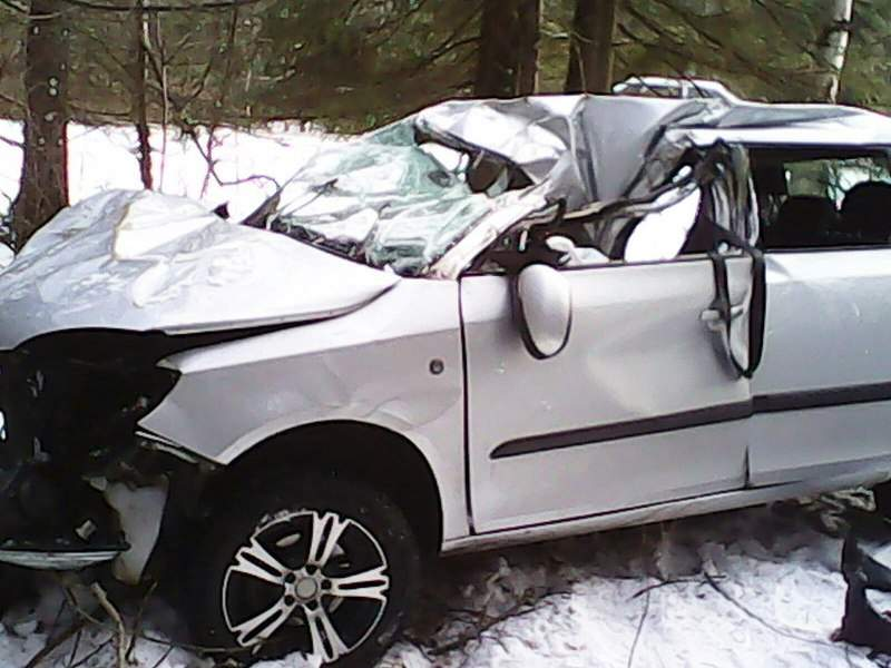 1280 X 960 190.8 Kb 18.11.2014 ДТП Елабуга - Пермь, водитель съехал в кювет и погиб