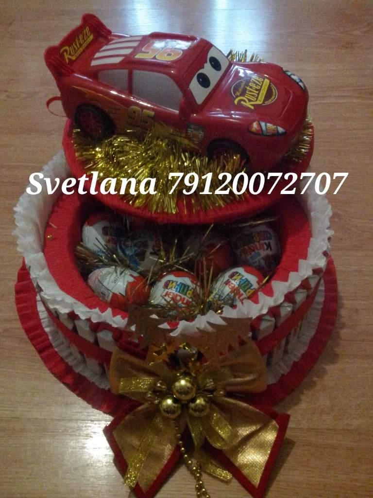Подарки из конфет для детей своими руками фото 84
