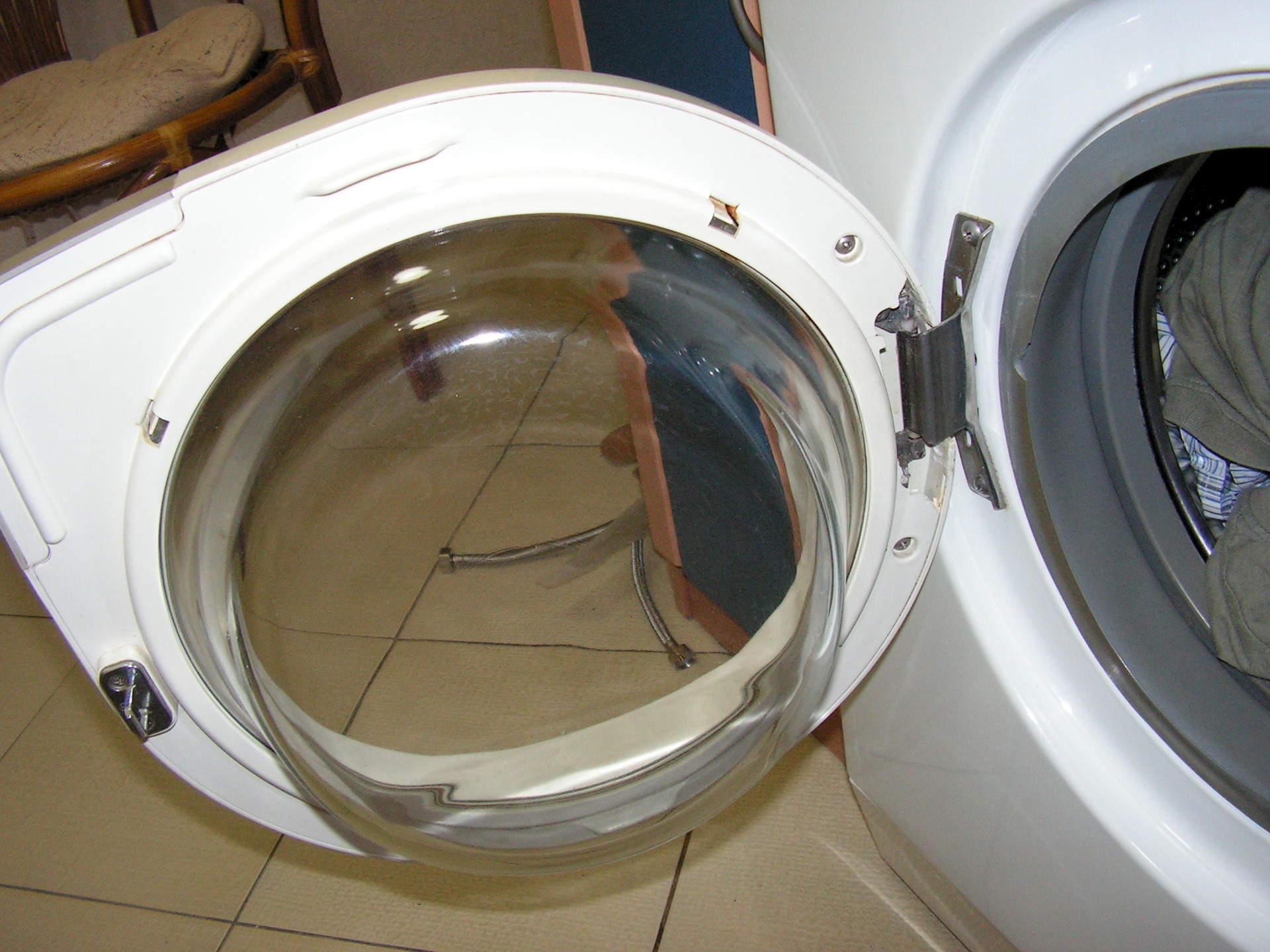 Починил стиральную машинку и трахнул 17 фотография