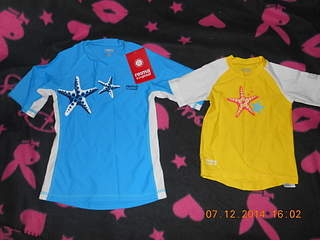 1920 X 1440 136.7 Kb Продажа одежды для детей.